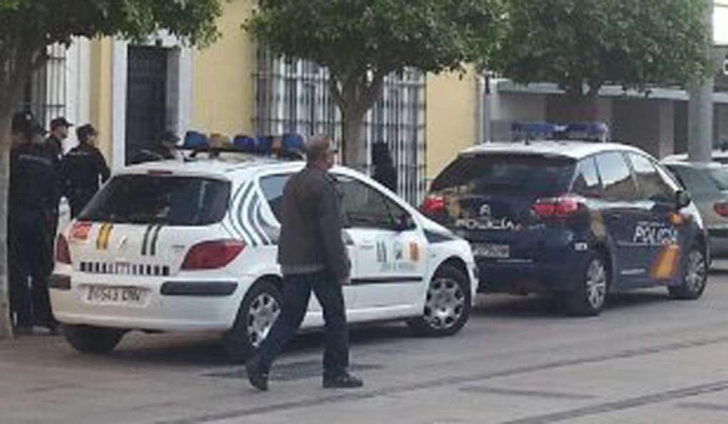 La polic a nacional detiene a una pareja de extranjeros - Policia nacional cadiz ...