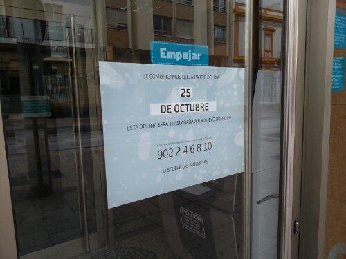 Los clientes de bankia de san fernando tienen que for Oficinas y cajeros bankia