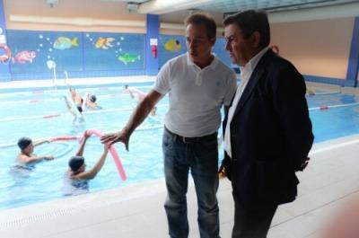 La piscina cubierta de bah a sur ya est a pleno for Piscina san fernando