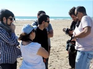 Durante el rodaje, en la playa de Camposoto.