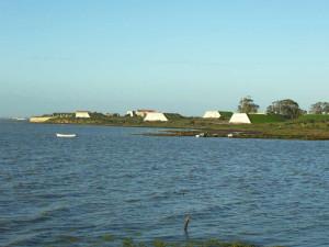 Vista de los polvorines de Fadricas y Punta Cantera.
