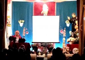 Ignacio Escuín, durante la charla, en una fotografía de Ángel López.