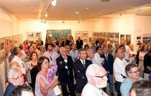 Inauguración de 'Miradas para no olvidar' con muchos de sus artífices.