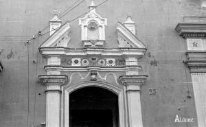Portada de la Capilla de la Asunción, en la calle Isaac Peral. Archivo A. López