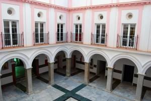 Figura 1: Patio del Hospital de San Juan de Dios (fotografía del autor).