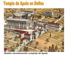 El templo de Apolo en Delfos.