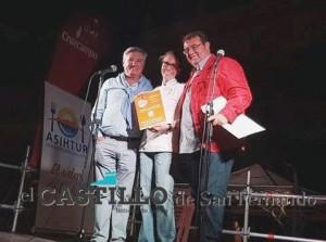 Segundo premio.Salina San Vicente. 'Bizcocho de dorada de estero Helado de salicornia'